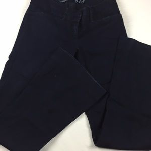 The limited dark blue 678 jeans flare